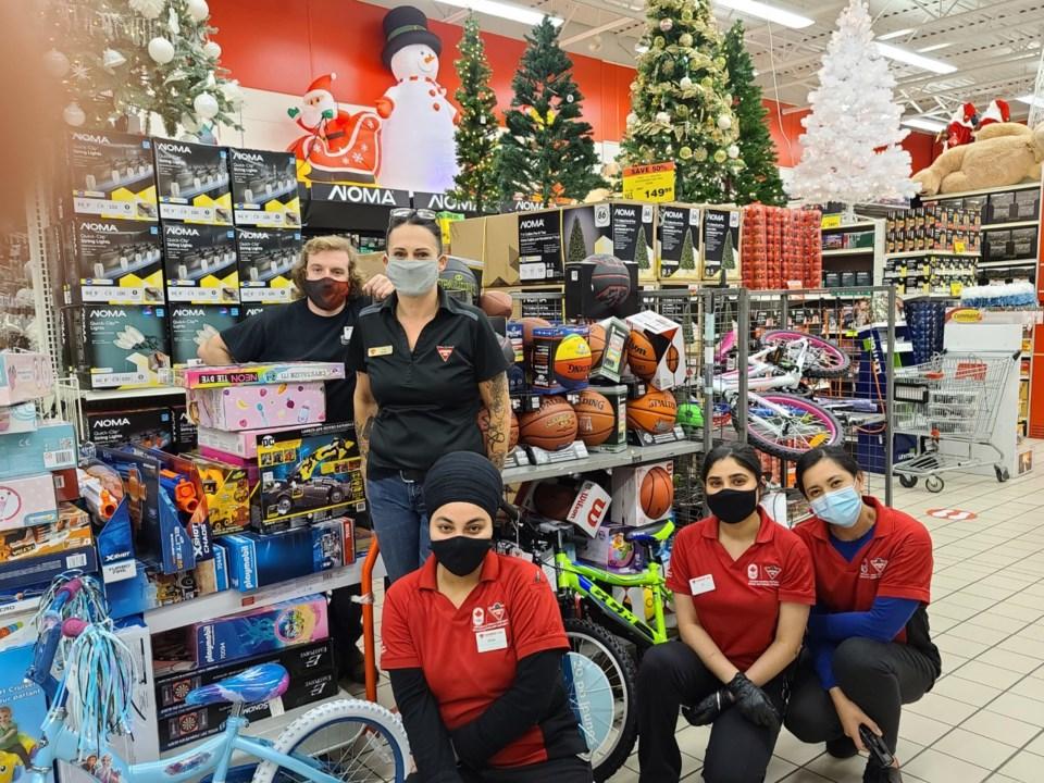 Richmond Christmas Fund Canadian Tire team