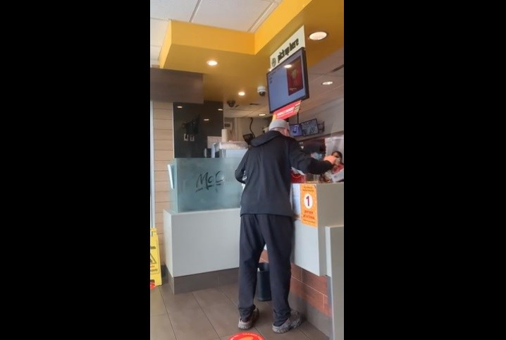 Anti-masker at McDonald's
