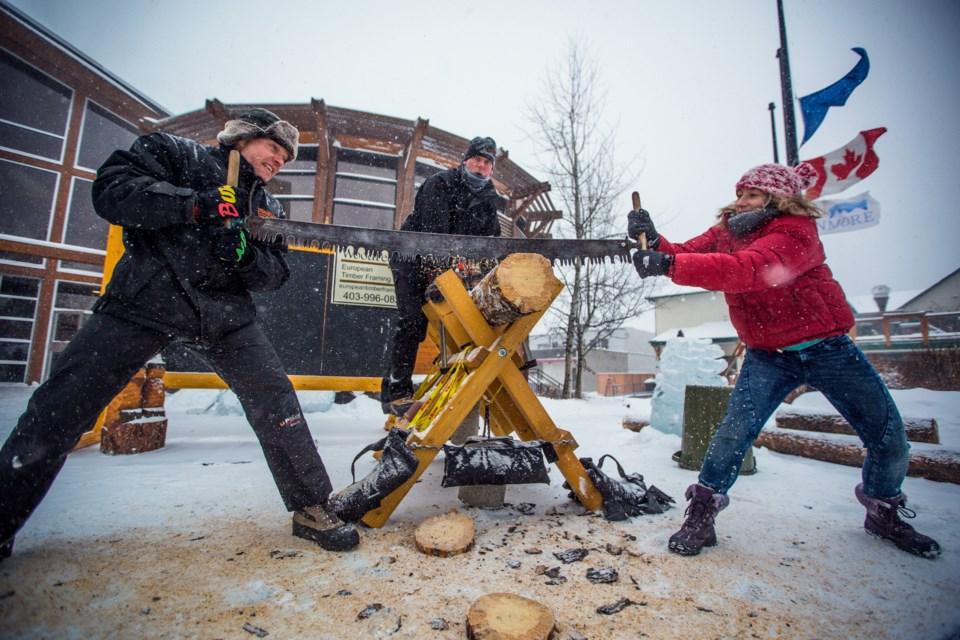 20170205 Winter Carnival Log Sawing 0001