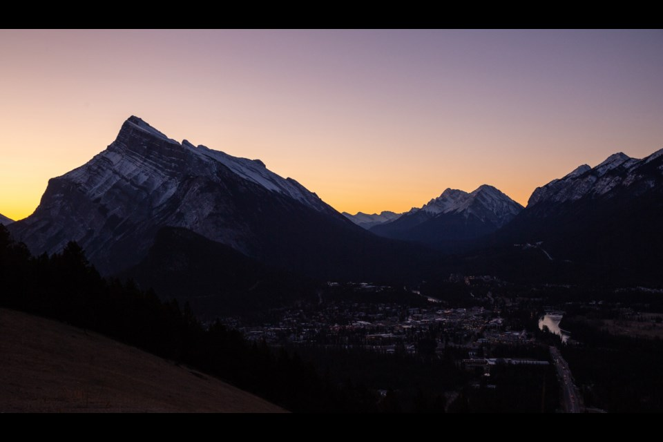 The sun rises over Mount Rundle, seen from the the Mt Norquay road on Friday (Nov. 1). Evan Buhler RMO PHOTO