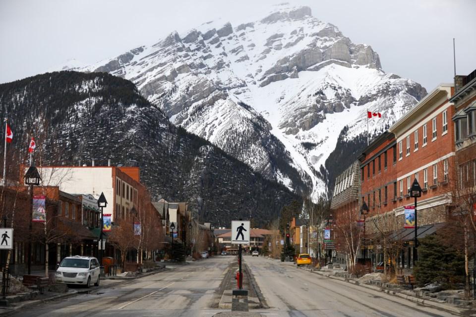 20200328 Banff COVID 19 0308