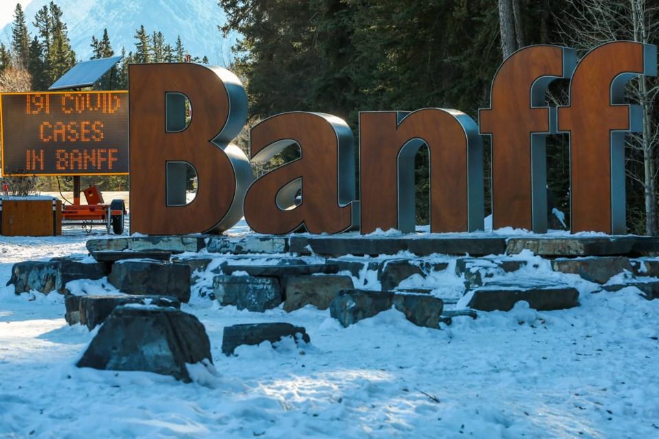 20201201 Banff COVID-19 0179