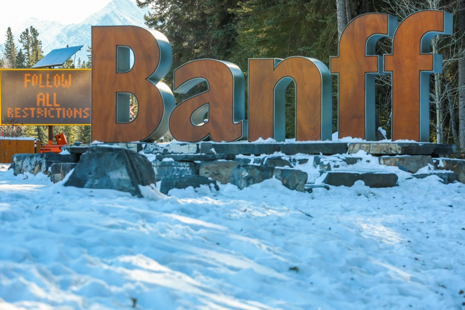 20201201 Banff COVID-19 0225
