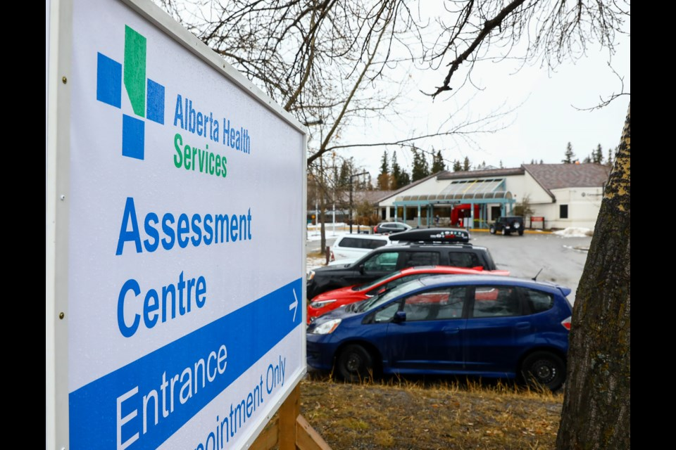 The provincial testing site at the Banff community health centre at 303 Lynx St., the site is open Mondays through Fridays from 9:30 a.m. to 5 p.m. Testing is available for COVID-19 symptomatic individuals, or close contacts of positive cases only. EVAN BUHLER RMO PHOTO