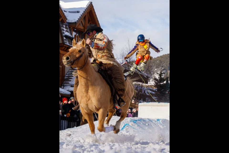 Team Western Horse Review rider Kendal Millar and slider Kamila Grabinskiat compete in the Skijor Canada event at Banff and Lake Louise SnowDays on Sunday (Jan. 19) in downtown Banff. CHELSEA KEMP RMO PHOTO