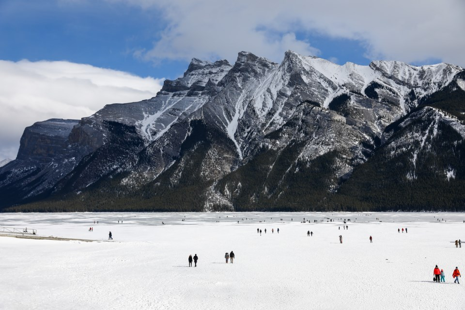 Crowds of people took advantage of the warm weather and visited Lake Minnewanka in Banff National Park on Saturday (March 6). EVAN BUHLER RMO PHOTO