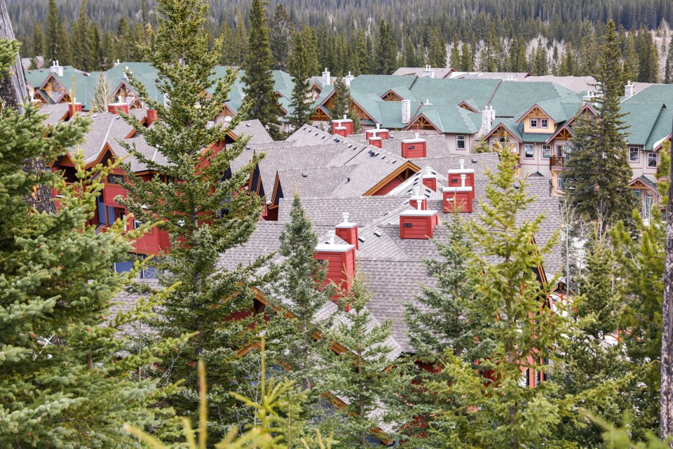 Homes near forest area in Three Sisters Mountain Village on Thursday (April 1). EVAN BUHLER RMO PHOTO