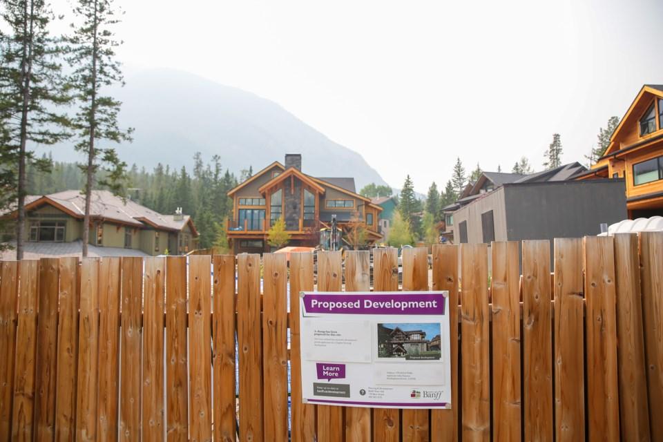 Proposed development on Kootenay Avenue in Banff on Saturday (Aug. 14). EVAN BUHLER RMO PHOTO