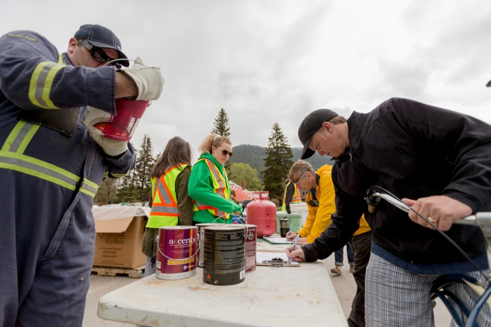20160423 Banff Recycling Round-up 0001