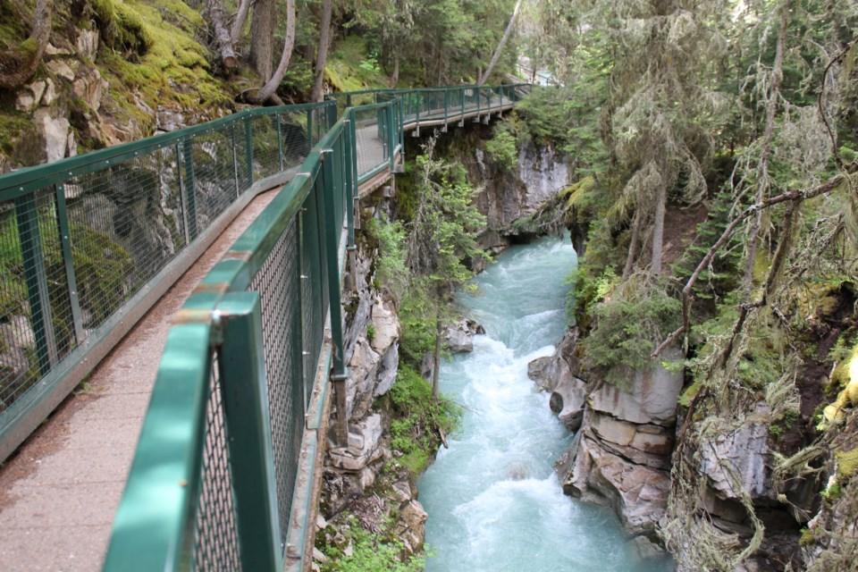 Johnston Canyon trail. TANYA FOUBERT RMO PHOTO