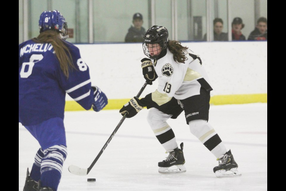 BHA's Norah Andronyk looks for an opening on net during Saturday's (Nov. 23) game against the Northern Alberta Xtreme in Banff. Jordan Small RMO Photo