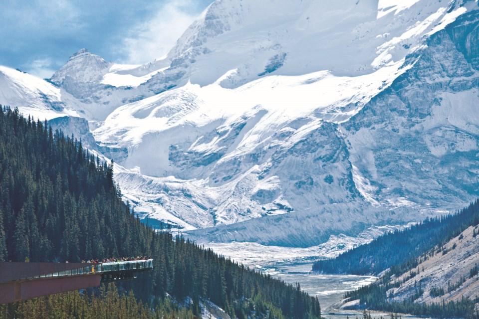 Glacier-Skywalk-View
