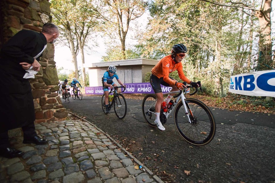 Sara Poidevin competes at the 2020 Gent Wevelgem road race in Belgium on Oct. 11. SEAN ROBINSON/VELOFOCUS.COM PHOTO