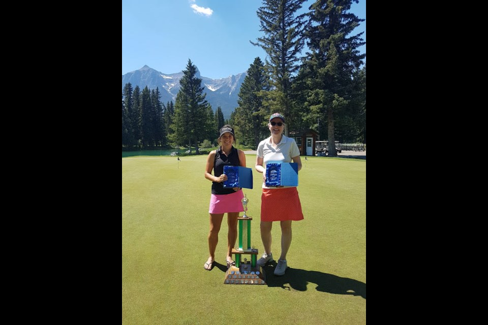 Morgan Bell, left, and Kelly Smith. Bell won the 2021 Canmore Ladies Open at the Canmore Golf and Curling Club in late June and Smith was the overall net winner. SUBMITTED PHOTO