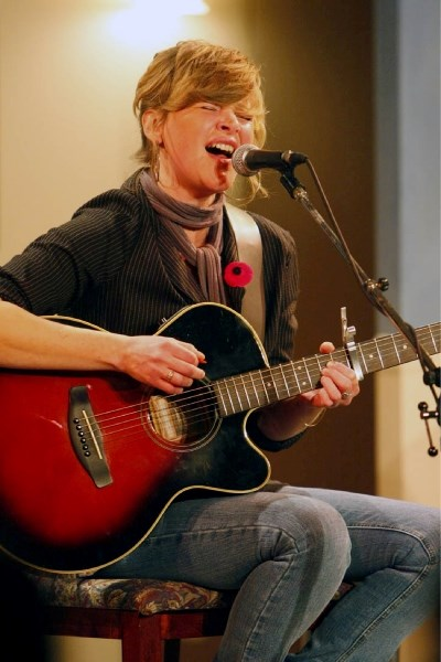 Lori Reid plays to a crowd assembled for a fundraiser at the Canmore Miners' Union Hall.