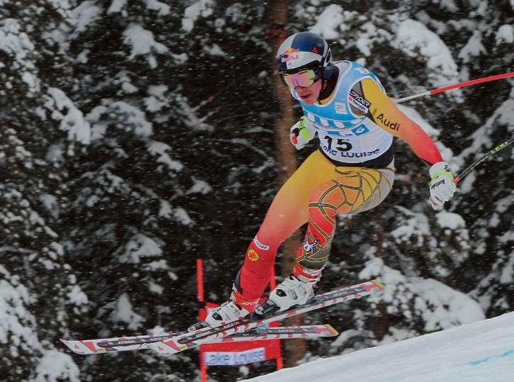 Erik Guay will represent Canada at Lake Louise.