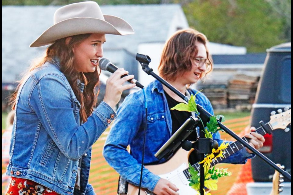 Singer Karissa Hoffart served up covers and some of her own compositions at Nickle Lake.