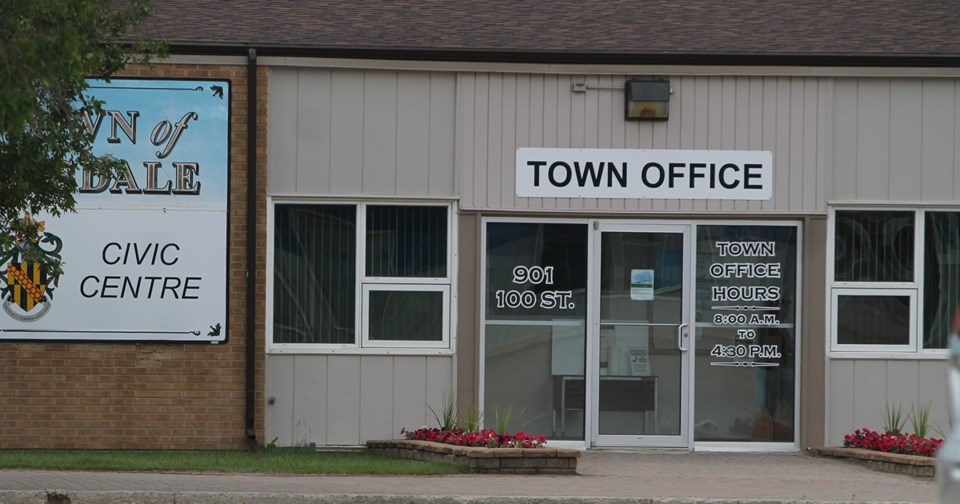 Tisdale Town Hall Summer