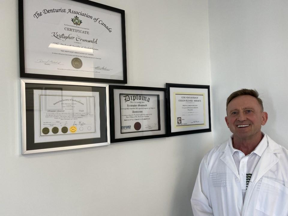 Grunwald Denture Clinic