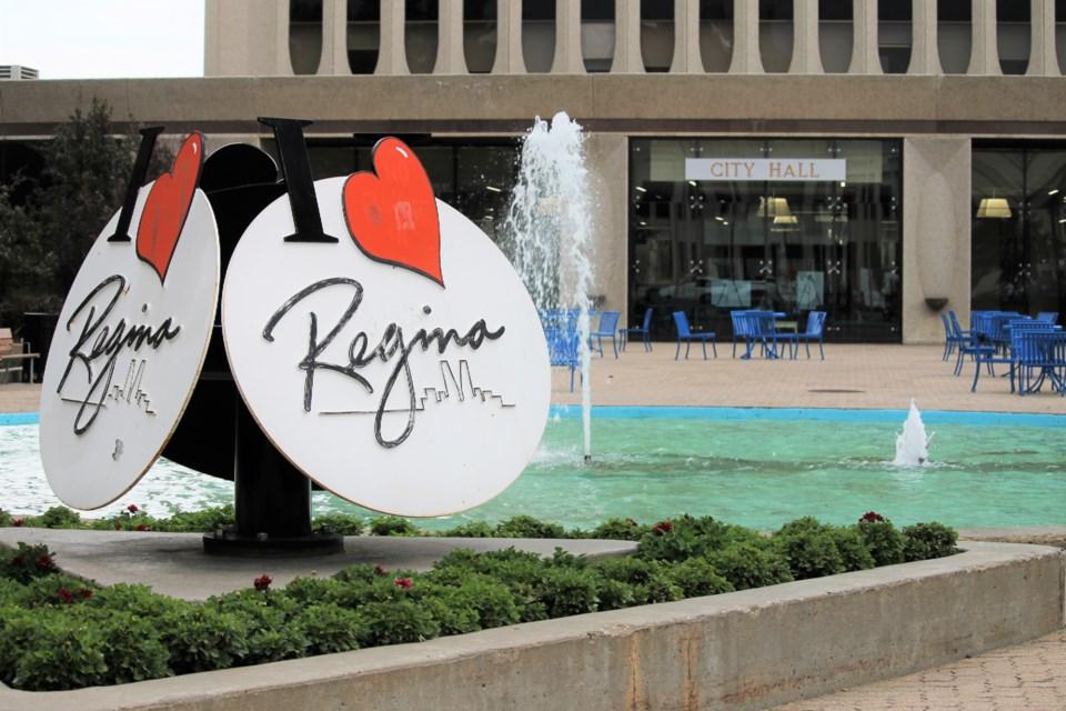city of regina sign