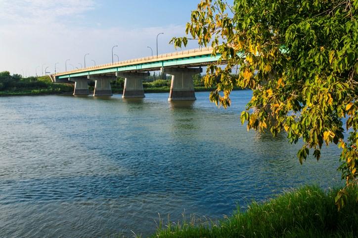 Diefenbaker Bridge prince albert