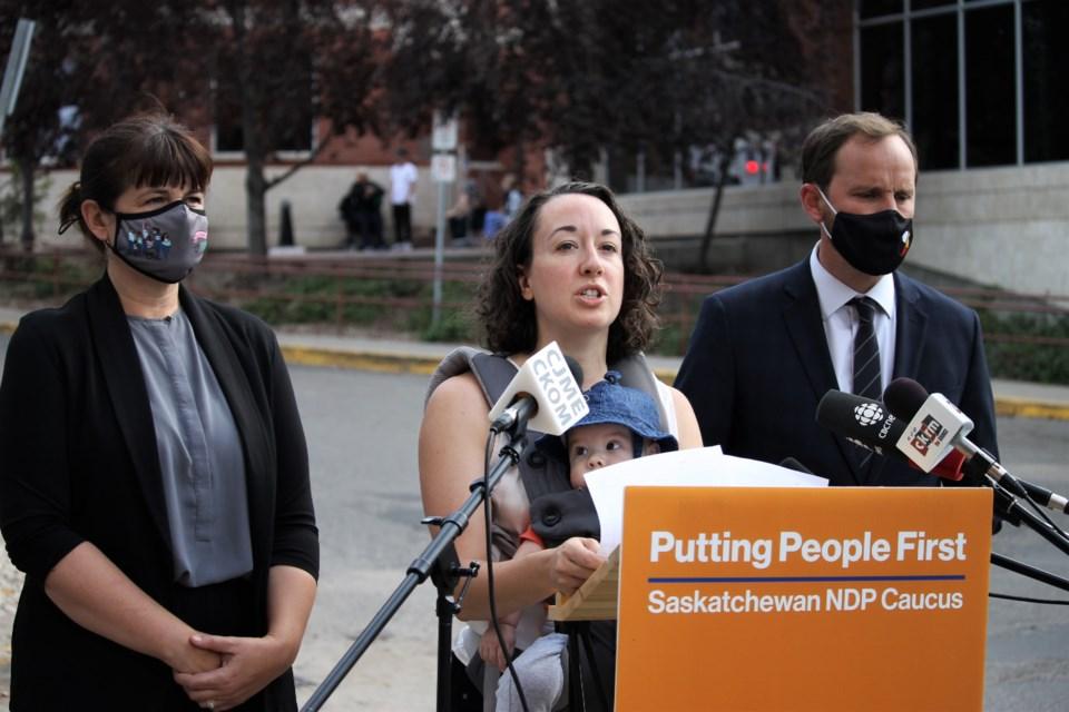 NDP critics for hosptial bubbles
