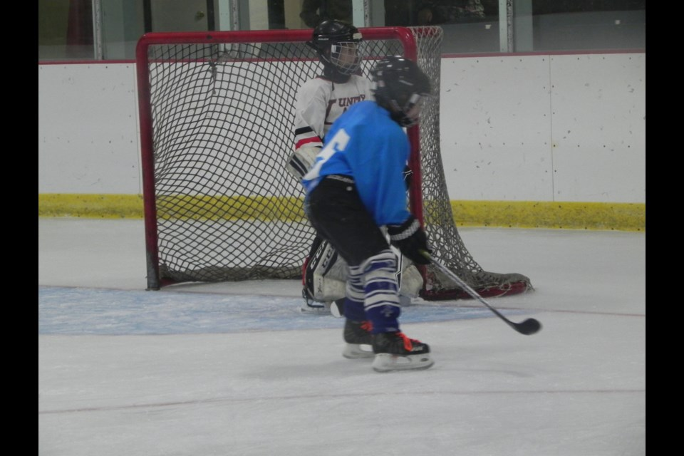 Unity Minor Hockey season kicked of with the annual 3-on-3 event that finished off Thanksgiving weekend.