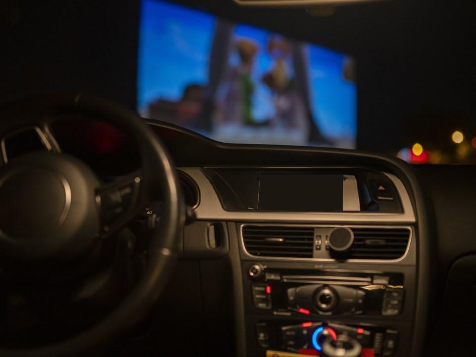 drive-in movie AdobeStock_367757508