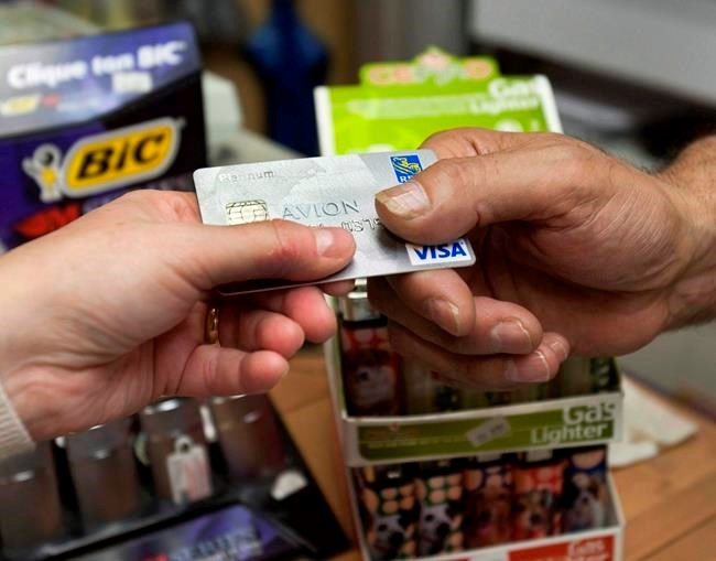Canadian household debt level rises, hits 163.7% of disposable income: Statcan