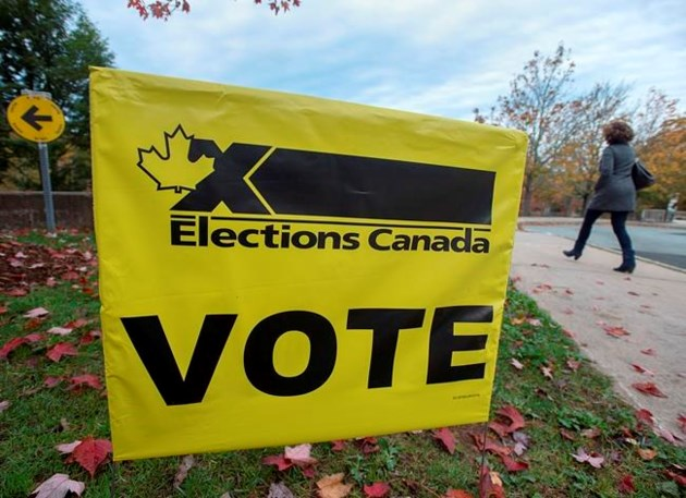 Canada election: Canadians head to the polls in tight race