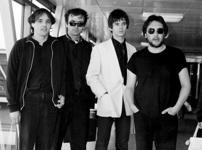 Stranglers keyboardist Dave Greenfield dies with COVID-19