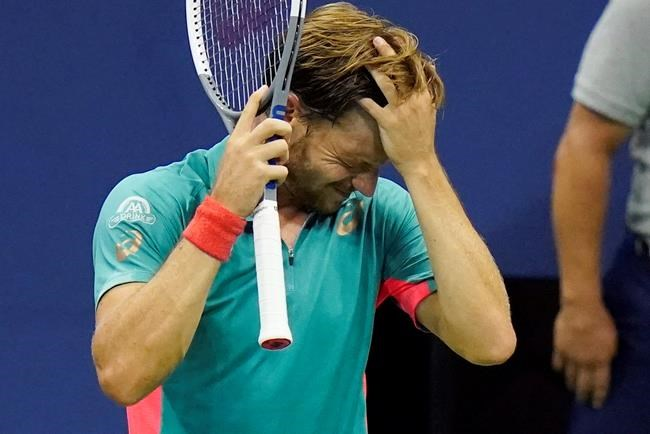 Djokovic Out Of Us Open After Hitting Line Judge With Ball Vancouver Is Awesome