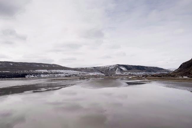 B.C. vows to complete Site C Dam despite surging cost