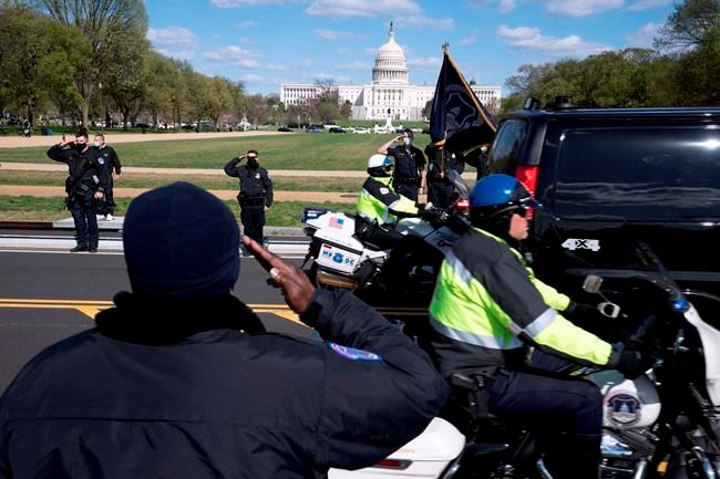 U.S. Capitol Police officer dies in attack outside U.S. Capitol an 18-year veteran