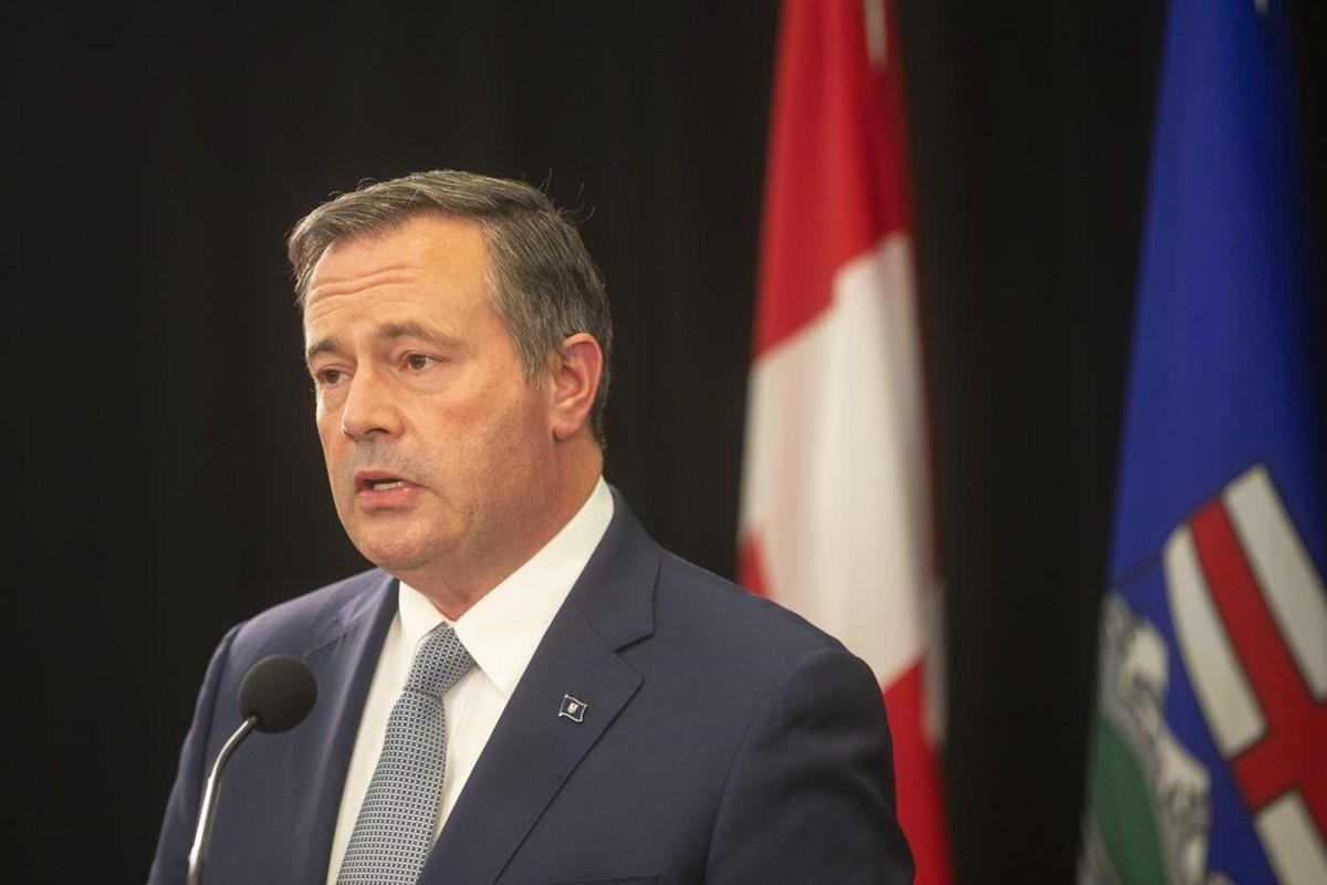 Alberta premier says province will keep vaccine passport into at least early 2022