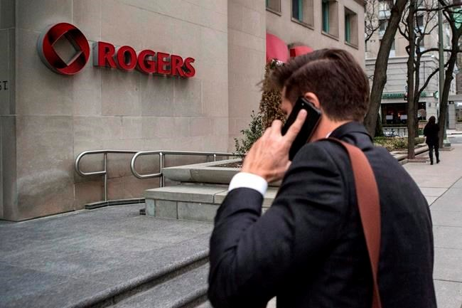 Rogers CEO addresses boardroom feud, says he has board's 'strong unequivocal support'