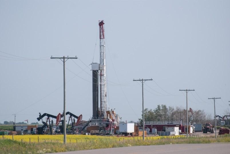 horizon-drilling-rig-34