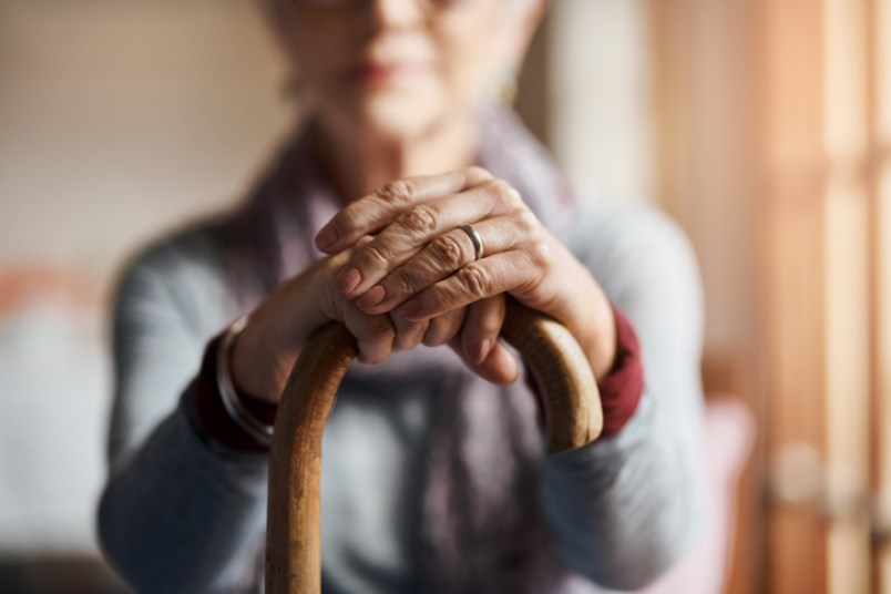 senior-in-retirement-home