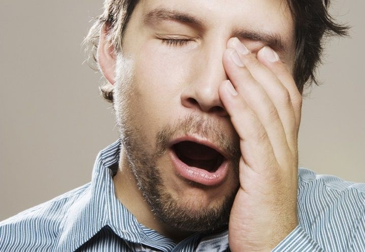 tired-man-yawning-e1600286043567