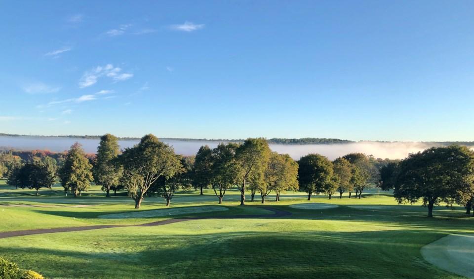 USED 2020-09-21 Barrie County Club fog MB