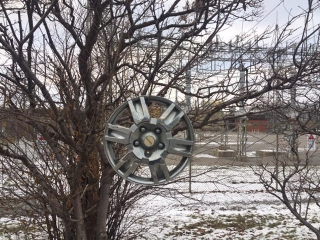 USED 20181209 lost hubcap