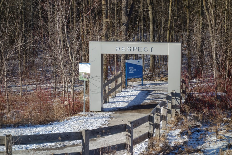 USED 20190113 Dave Kerwin Trail entrance DK