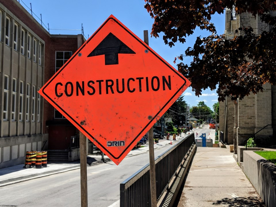 USED 20190706 construction sign kc