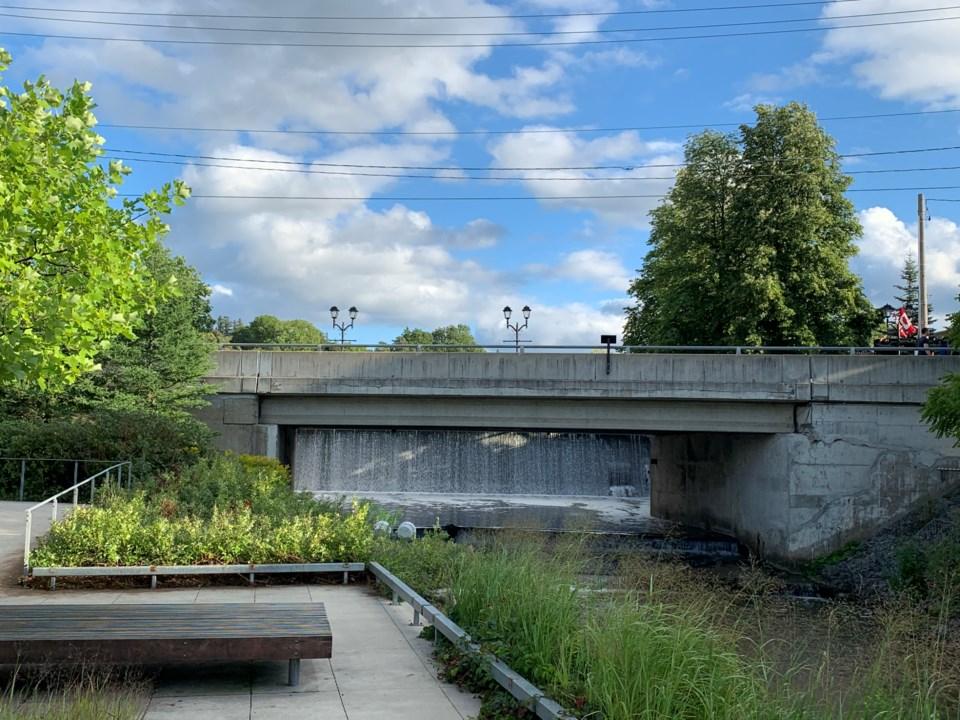 USED 2020 09 14 water st bridge DK
