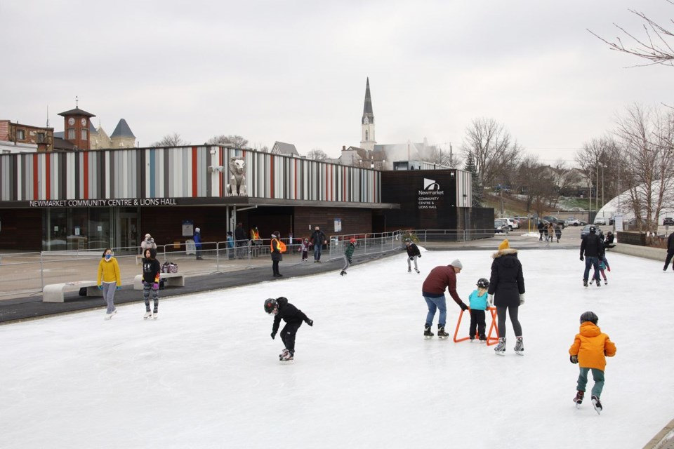 USED 2020 12 22 Skating at Riverwalk Commons