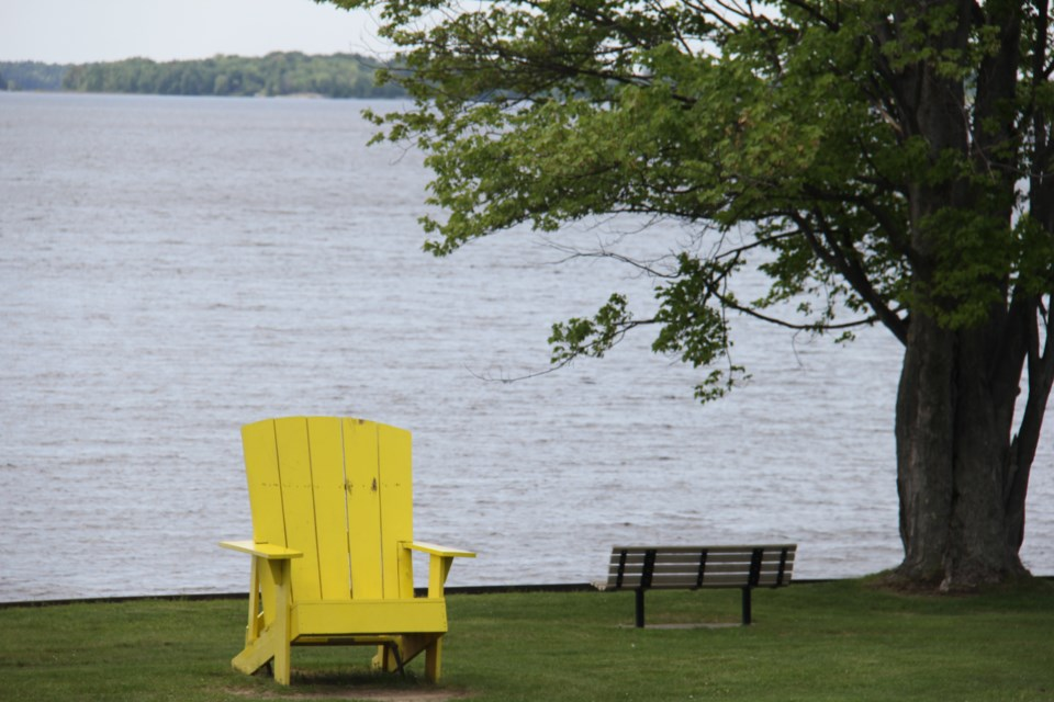 USED 2021 2018-07-12goodmorning   9 A chair for the Friendly Giant.  Photo by Brenda Turl for BayToday.