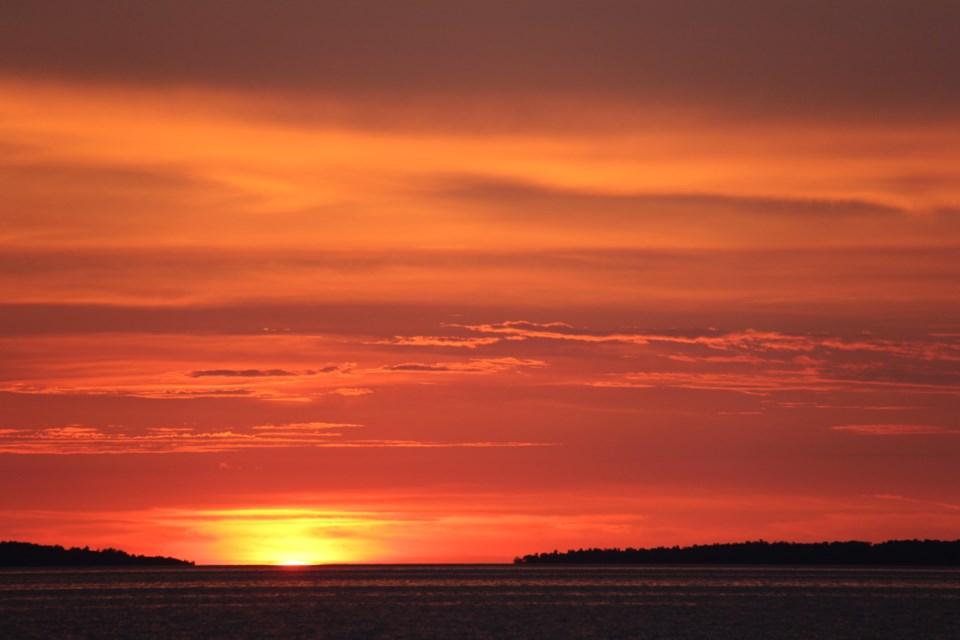 USED 2019-09-19goodmornngnorthbaybct  2 September sunset. Photo by Brenda Turl for BayToday.