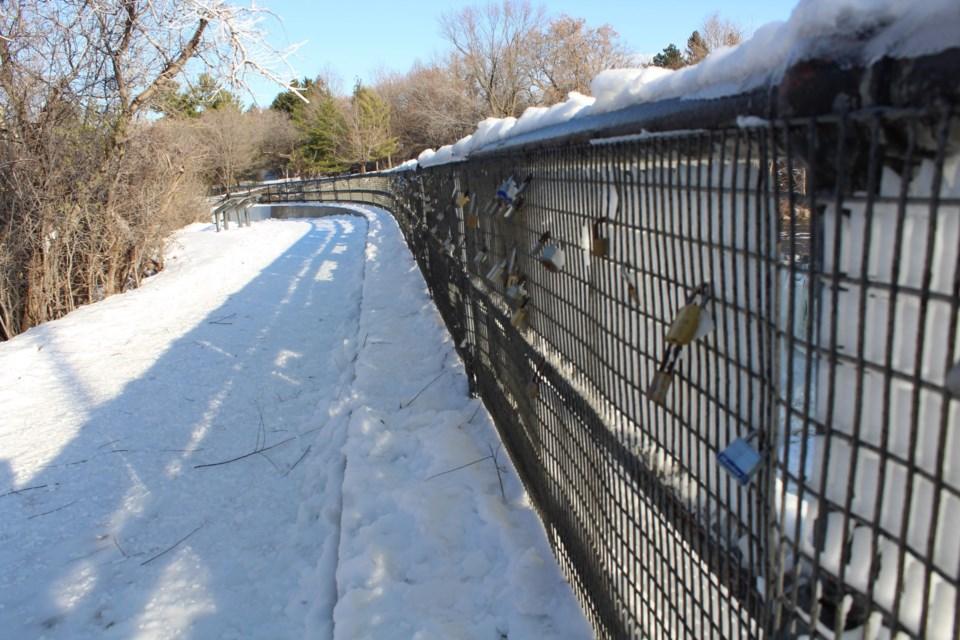 USED 2019-11-19 hog's back winter MV7