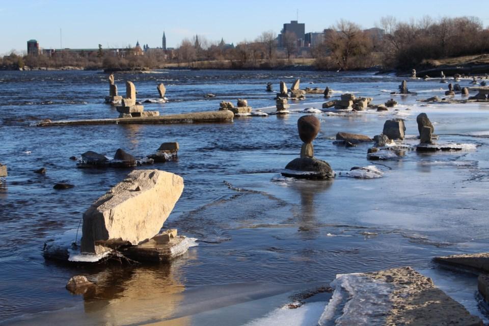 USED 2019-12-02 Remic Rapids MV2