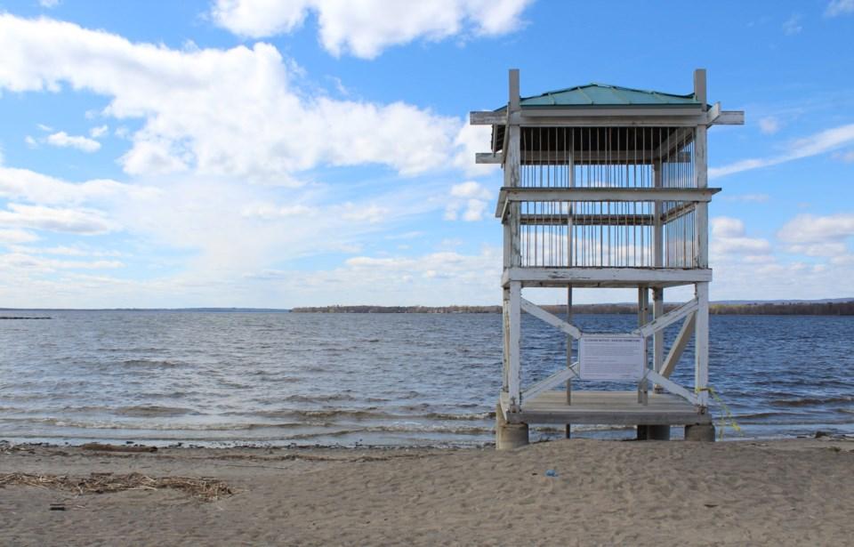 USED 2020-05-11 Britannia Beach spring MV4